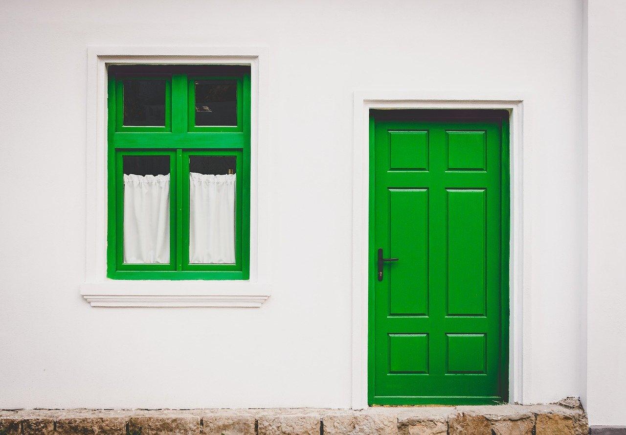 porte extérieure