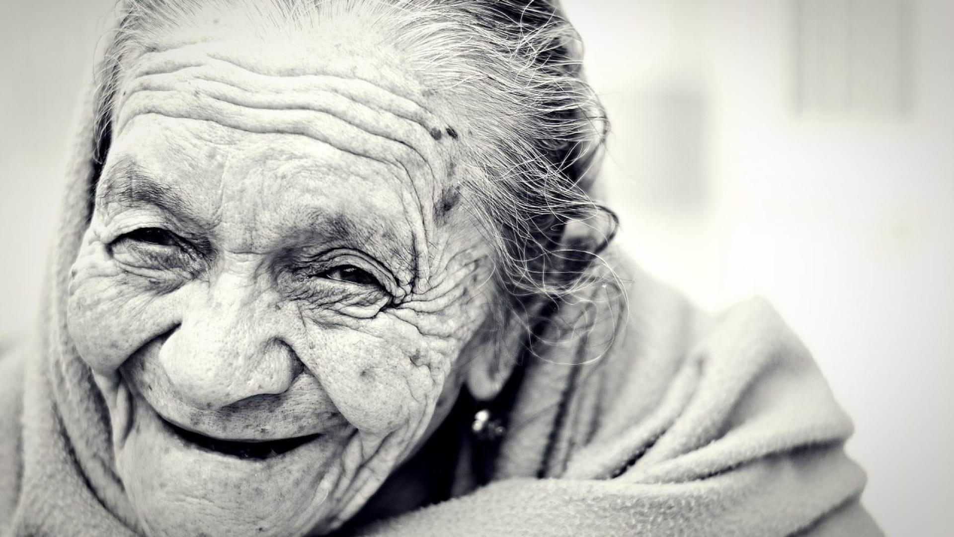 Une aide ménagère pour les seniors
